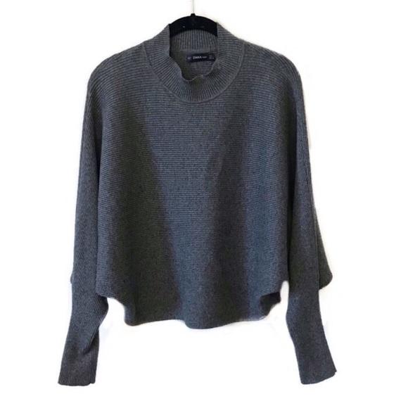 3918524f Zara grey ribbed mock neck dolman sleeve sweater. M_5c6c6ee012cd4a20f39a9209